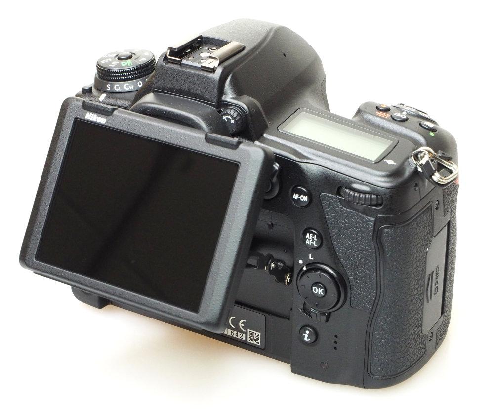 Nikon D780 (8)