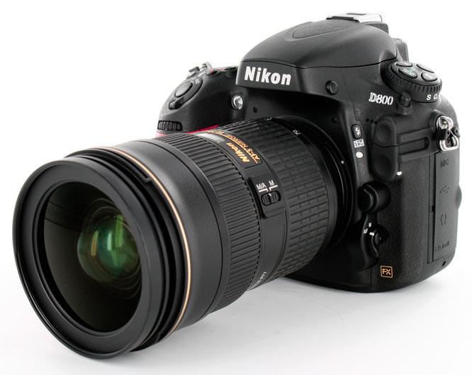Nikon D800 With Lens