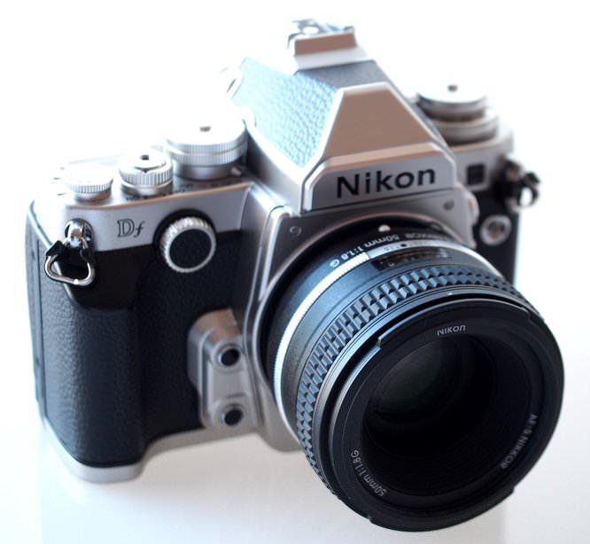 Nikon Df DSLR Silver (2) (Custom)