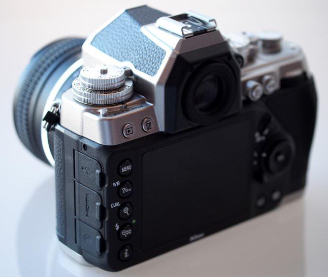 Nikon Df DSLR Silver (22) (Custom)