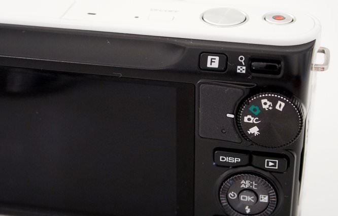 Nikon 1 Series J2 (6) (Custom)