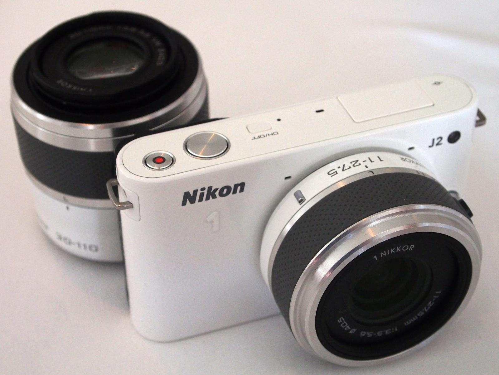 Nikon J2 Hands