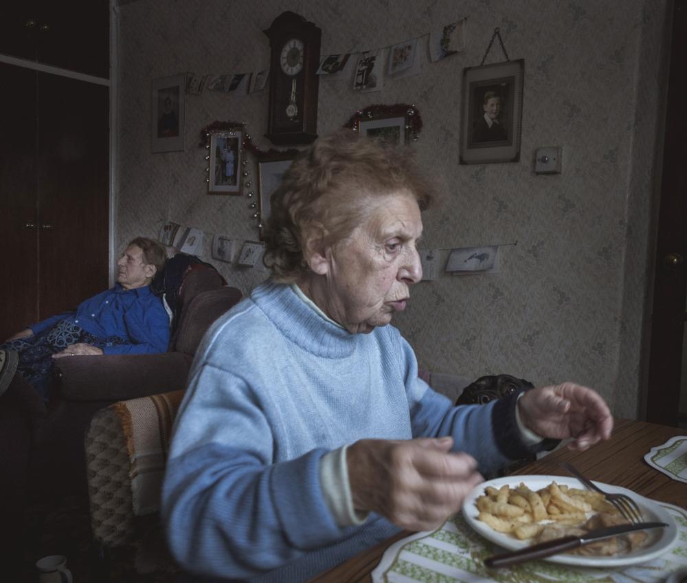 Open Award Single Photo Gold Prize: Alma and Alzheimers - Jason Parnell-Brookes (United Kingdom)