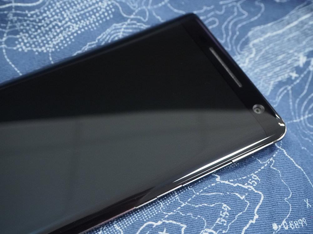 Nokia 8 Sirocco Black Lifestyle (6)