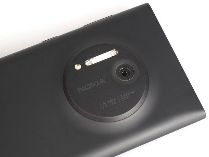 Nokia Lumia 1020 Black (14)