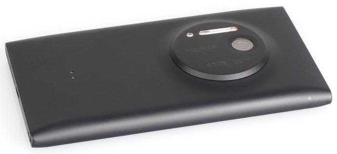 Nokia Lumia 1020 Black (6)