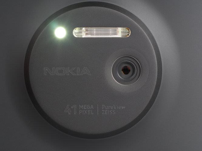 Nokia Lumia 1020 Black Lens Open Af Light