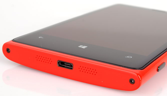 Nokia Lumia 920 Red (4)