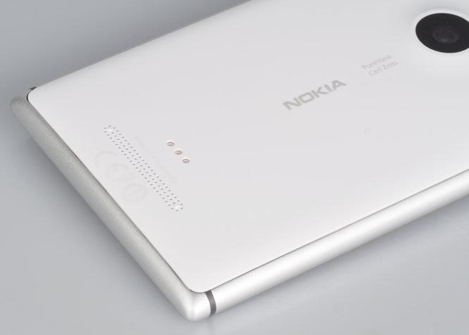 Nokia Lumia Pureview 925 (7)