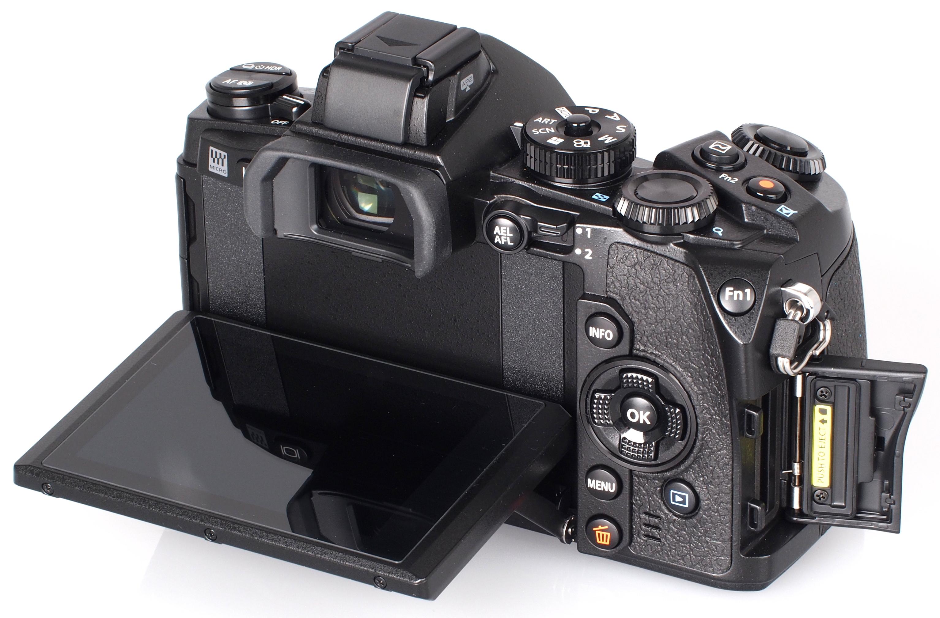 Недорогой телефон с хорошей фотокамерой многие