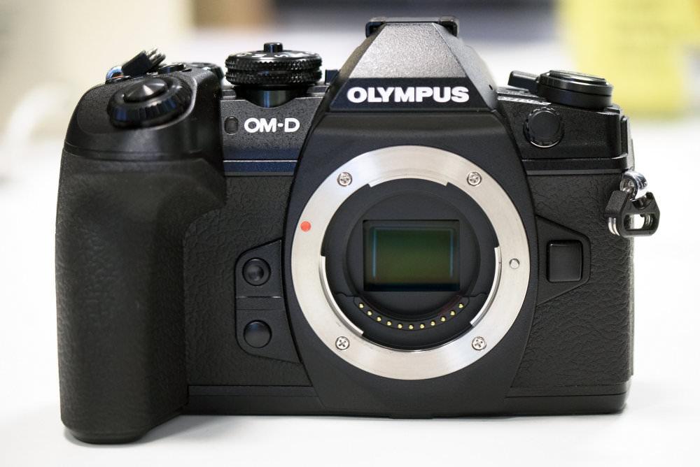Olympus OM D E M1 II Front