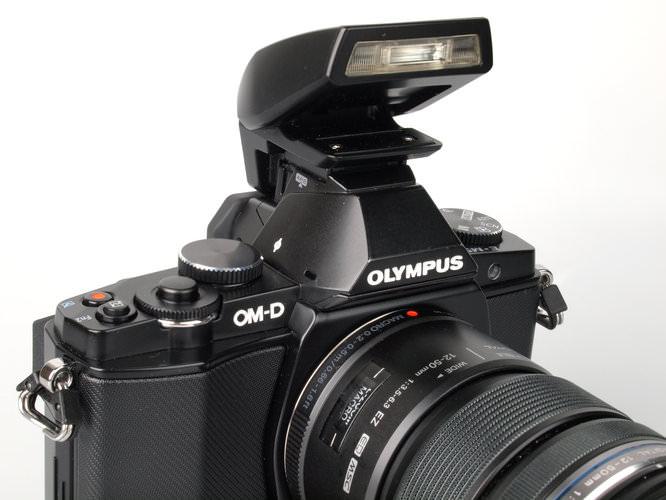Olympus OM-D E-M5 Flash