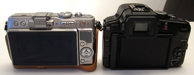 Olympus PEN Lite Size Comparison next to Panasonic Lumix G3