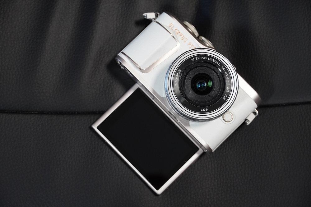 Olympus PEN EPL10 Selfie Screen