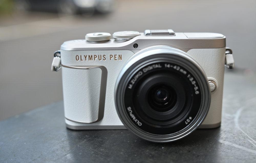Olympus PEN E PL10 White (5)