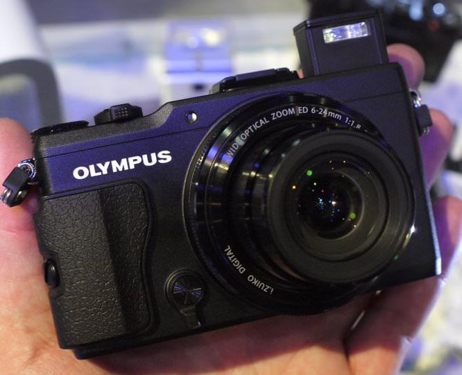 Olympus Xz 2 Hands On (4)