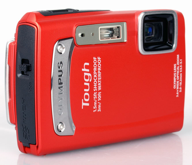 Olympus Tough TG-320 Front Angled