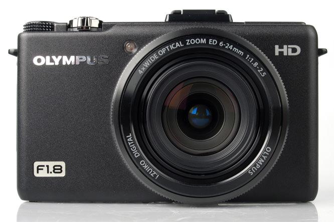 Olympus XZ-1 front