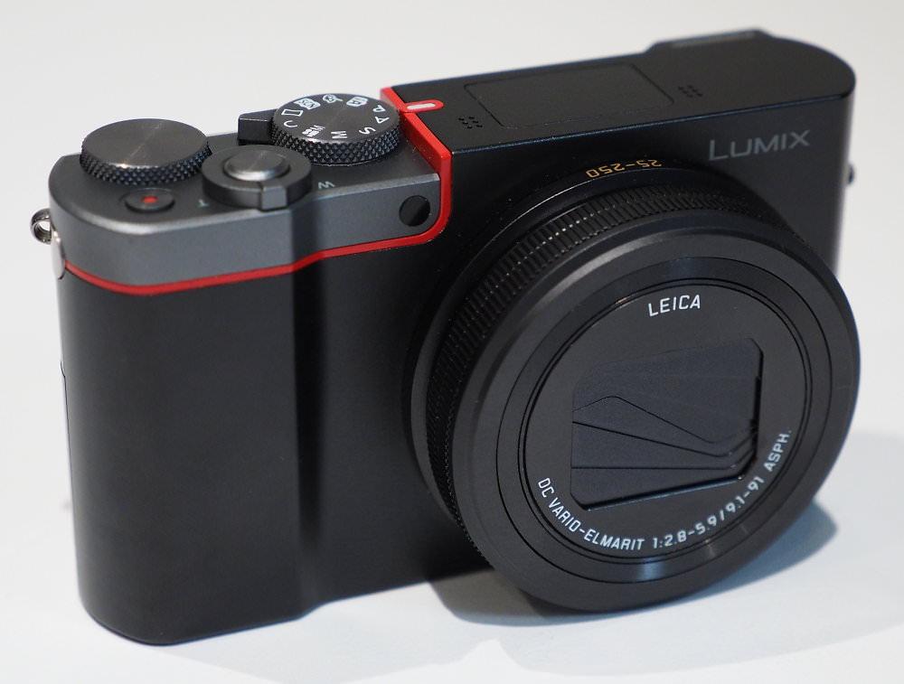 Panasonic Lumix TZ100 Silver Red (1)