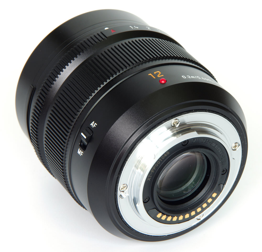 Dg Summilux 12mm F1,4 Rear Oblique View