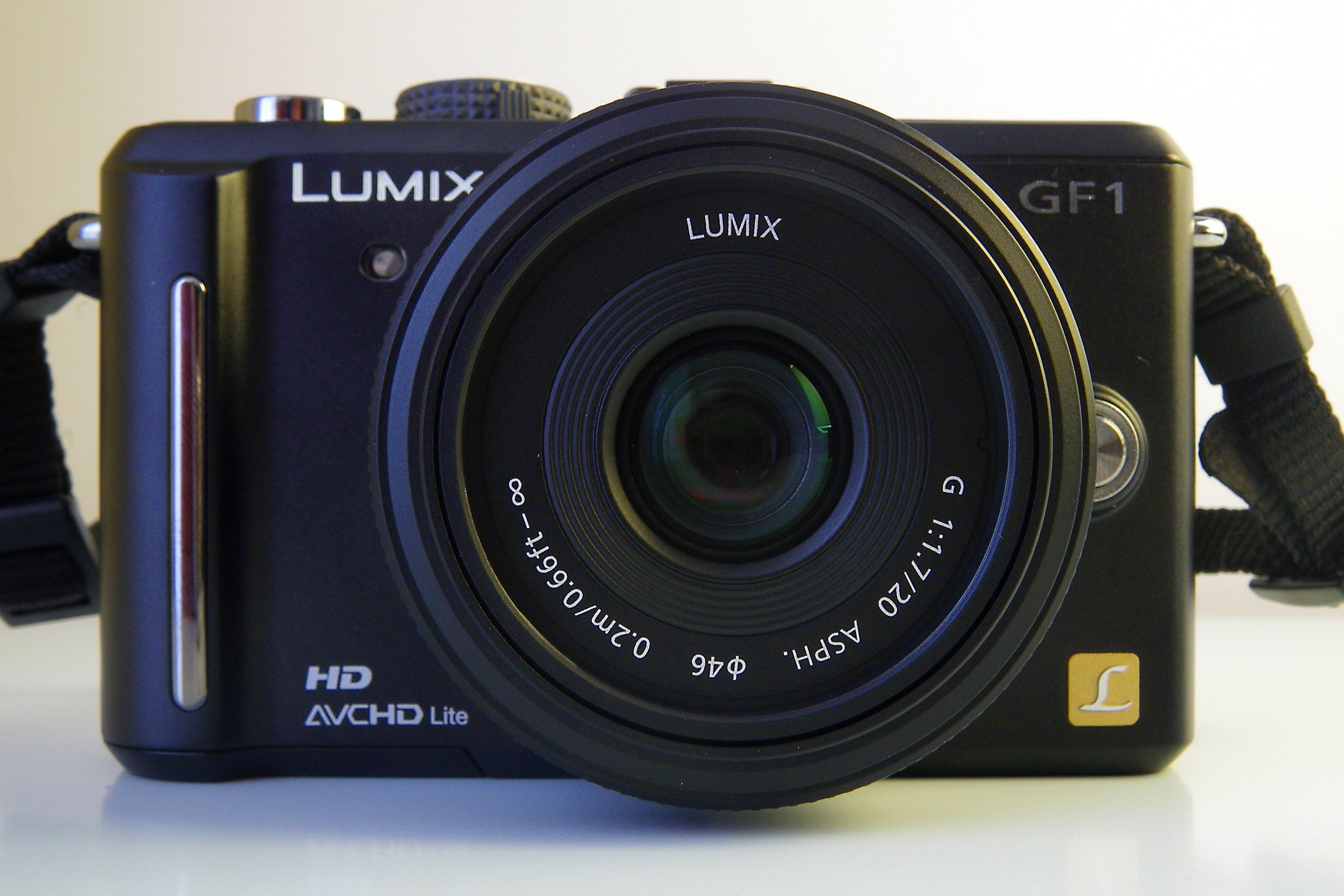 Panasonic Lumix DMC-GF1 front view