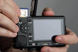 Panasonic Lumix DMC-GF1 card in