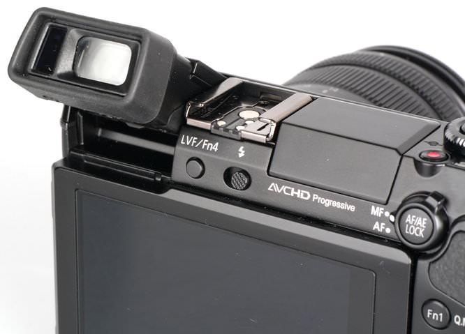 Panasonic Lumix GX7 EVF Views (7)