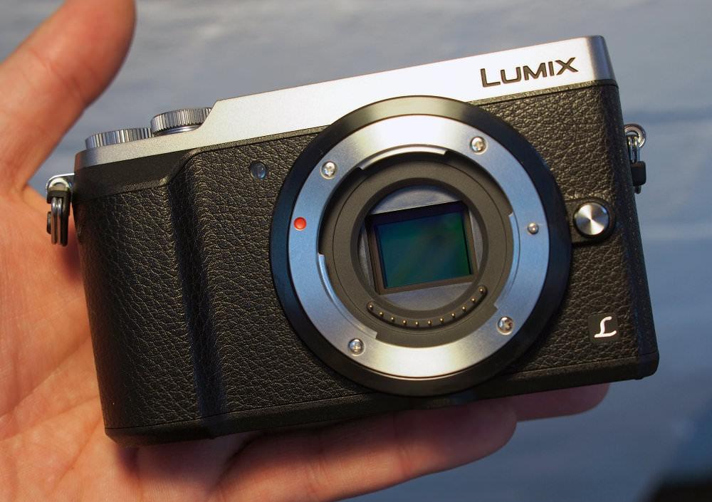 Panasonic lumix dmc gx80 can capture 4k photos video for Housse lumix gx80