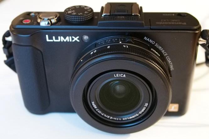 Panasonic Lumix Lx7 (4)   1/25 sec   f/4.1   20.0 mm   ISO 3200