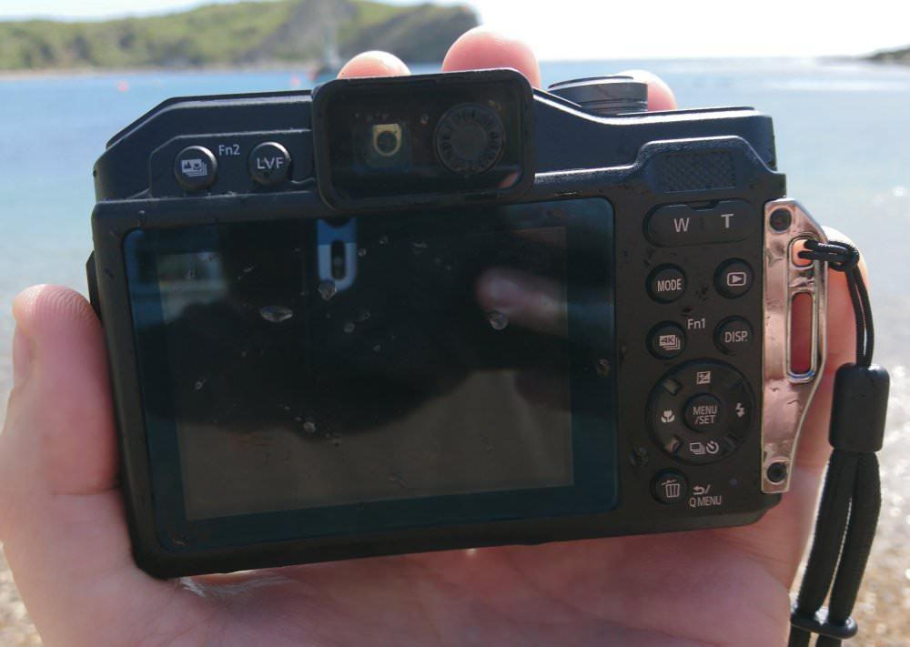 Panasonic Lumix FT7 Blue Hands On (3) (Custom)