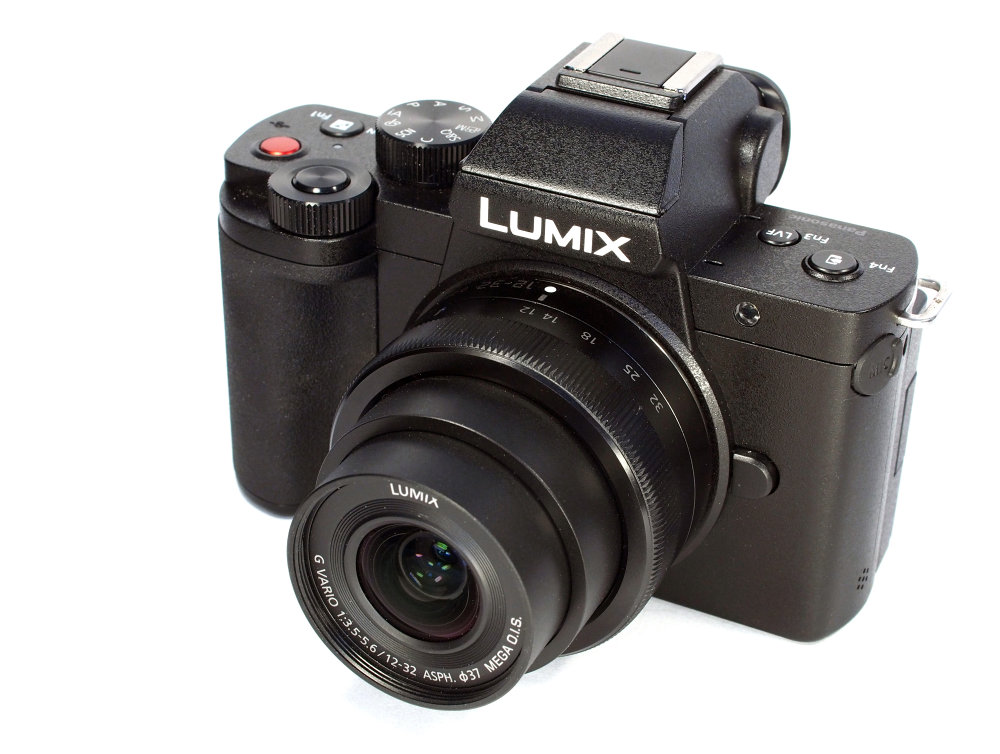 Panasonic Lumix G100 (3)