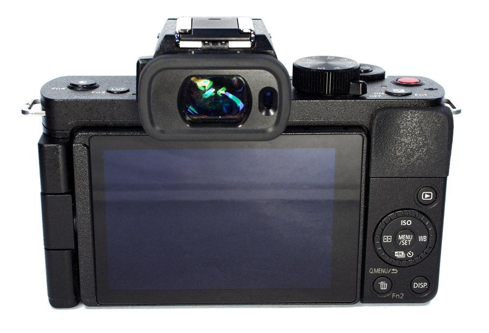 Panasonic Lumix G100 (5)