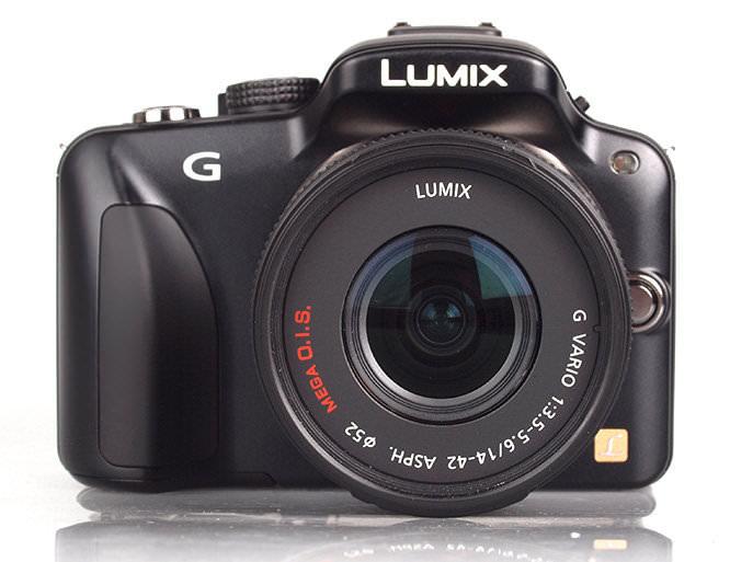 panasonic-lumix-g-front_1310052779.jpg
