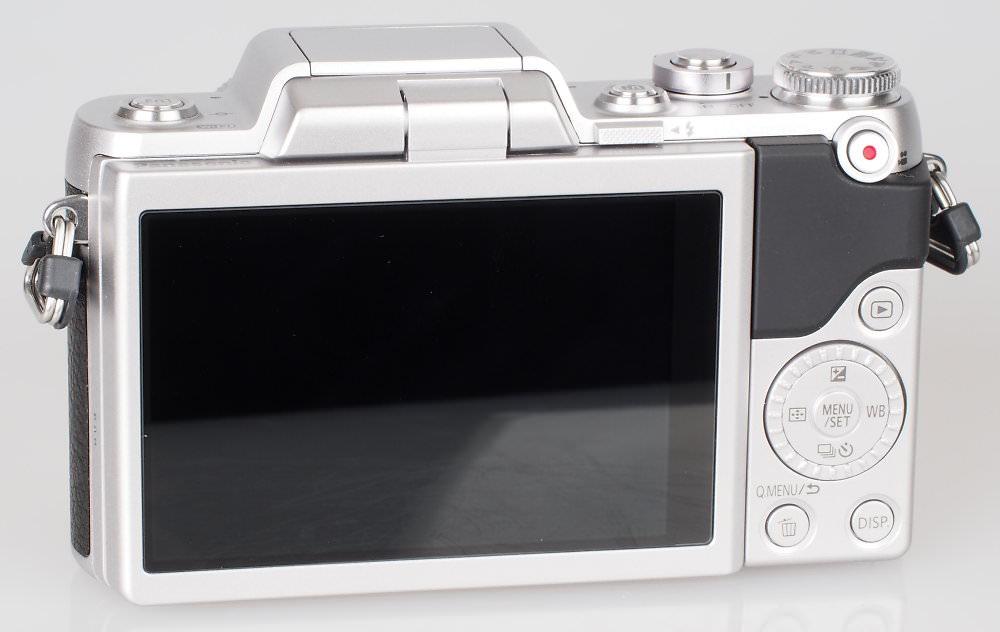 Panasonic Lumix GF7 Silver (10)