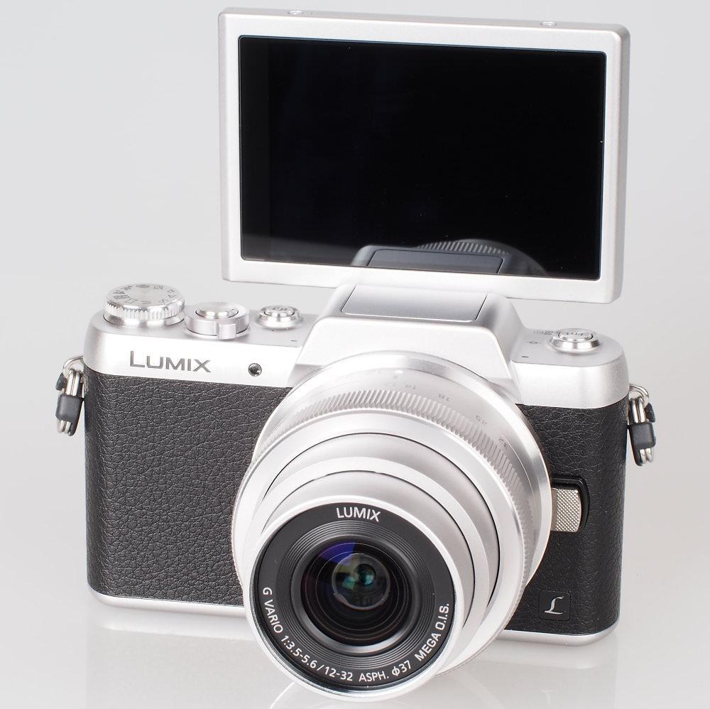 Panasonic Lumix GF7 Silver (14)