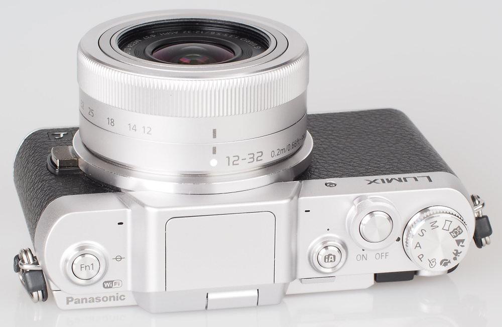 Panasonic Lumix GF7 Silver (9)