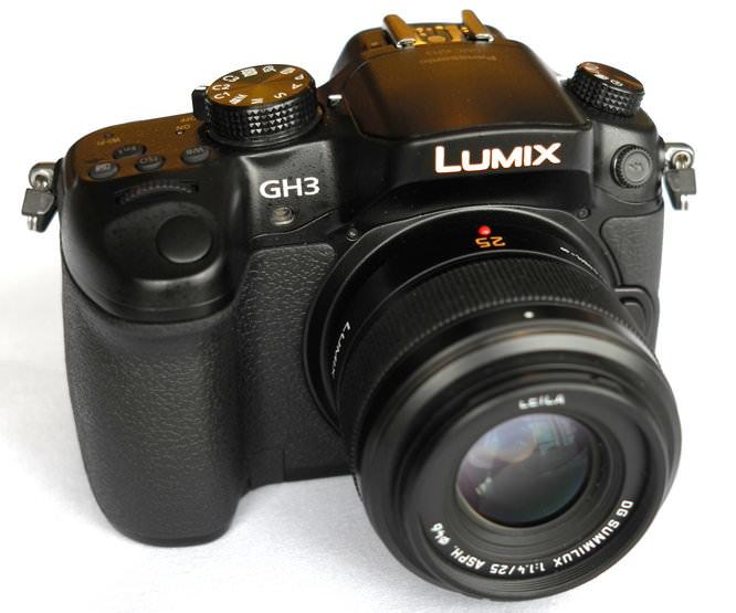 Panasonic Lumix Gh3 With Leica 25mm (2)