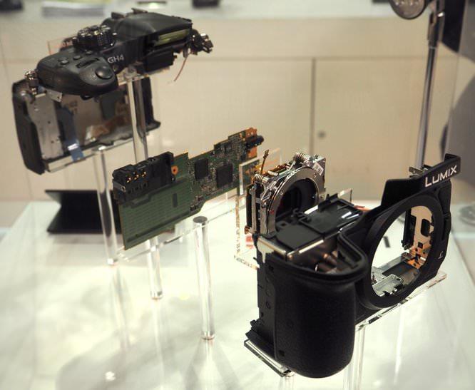 Panasonic Lumix GH4 Exploded View (Custom)