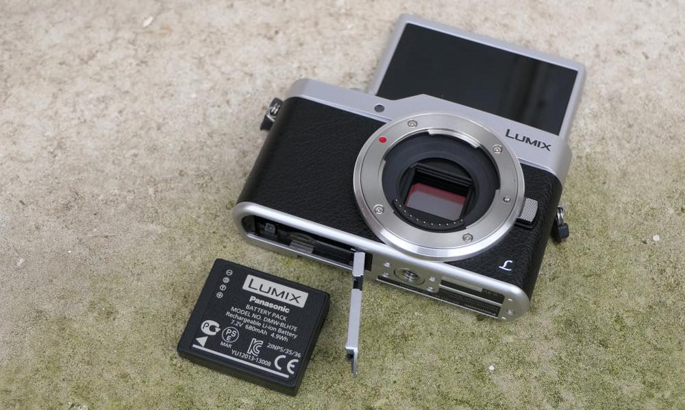 Panasonic Lumix GX800 Silver (6)