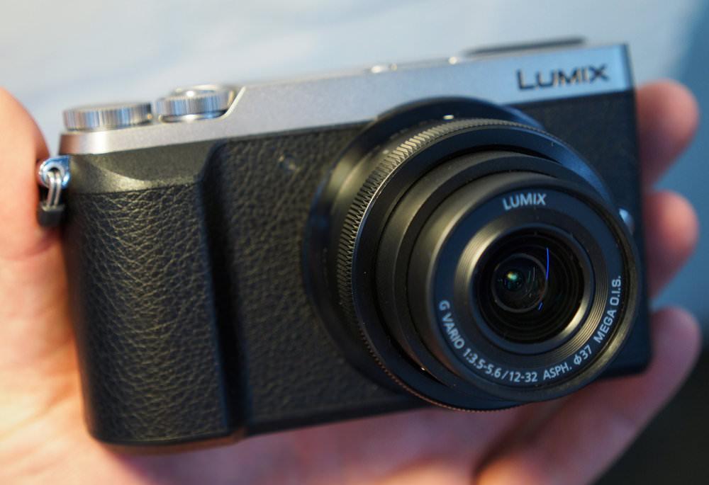 Panasonic Lumix GX80 Silver (1)