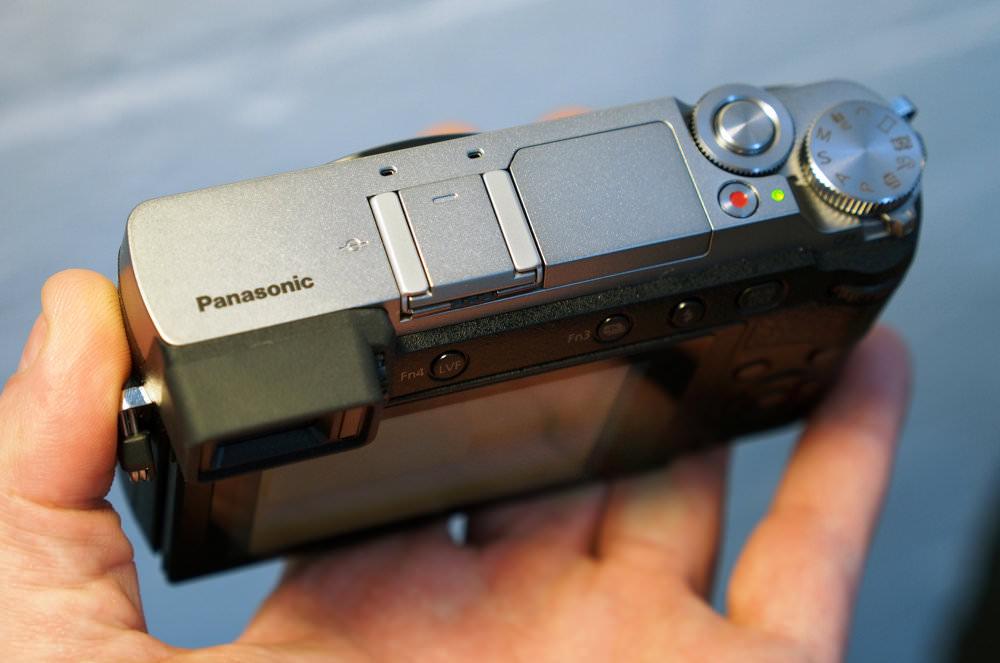 Panasonic Lumix GX80 Silver (7)