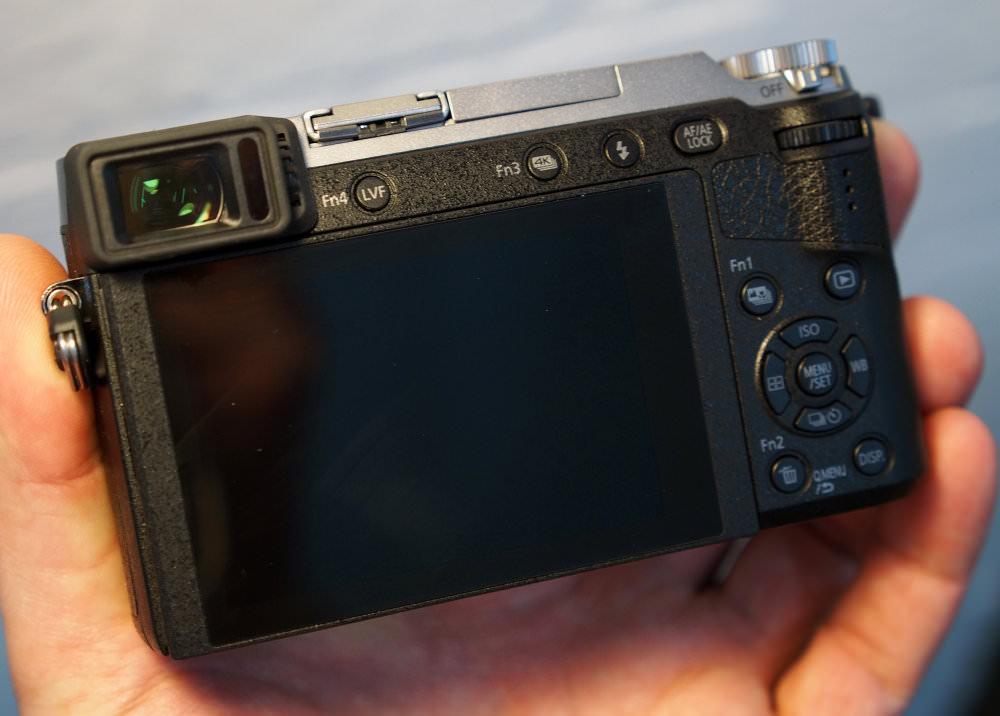 Panasonic Lumix GX80 Silver (8)