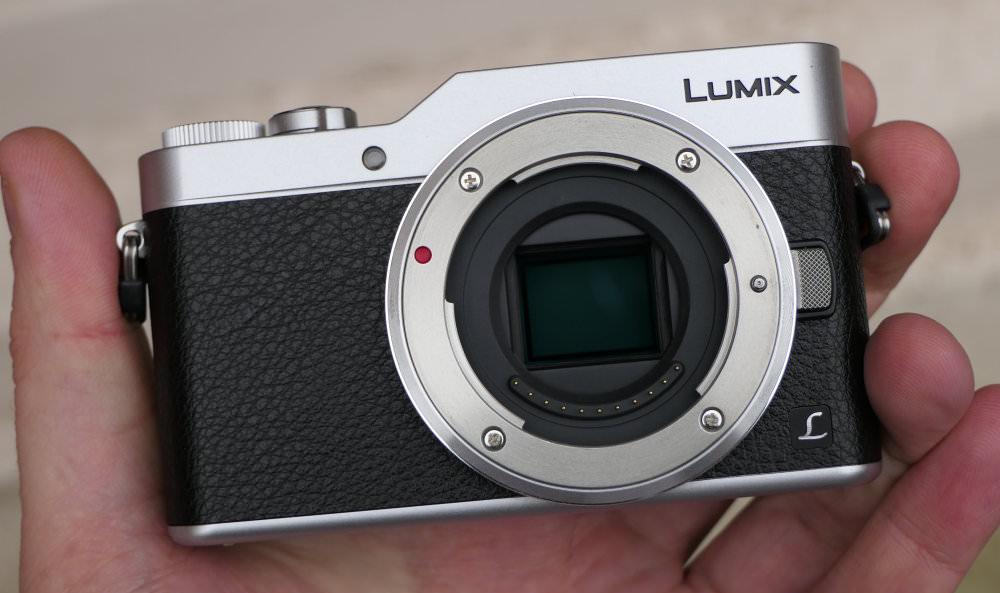 Panasonic Lumix GX800 Silver In Hand (3)