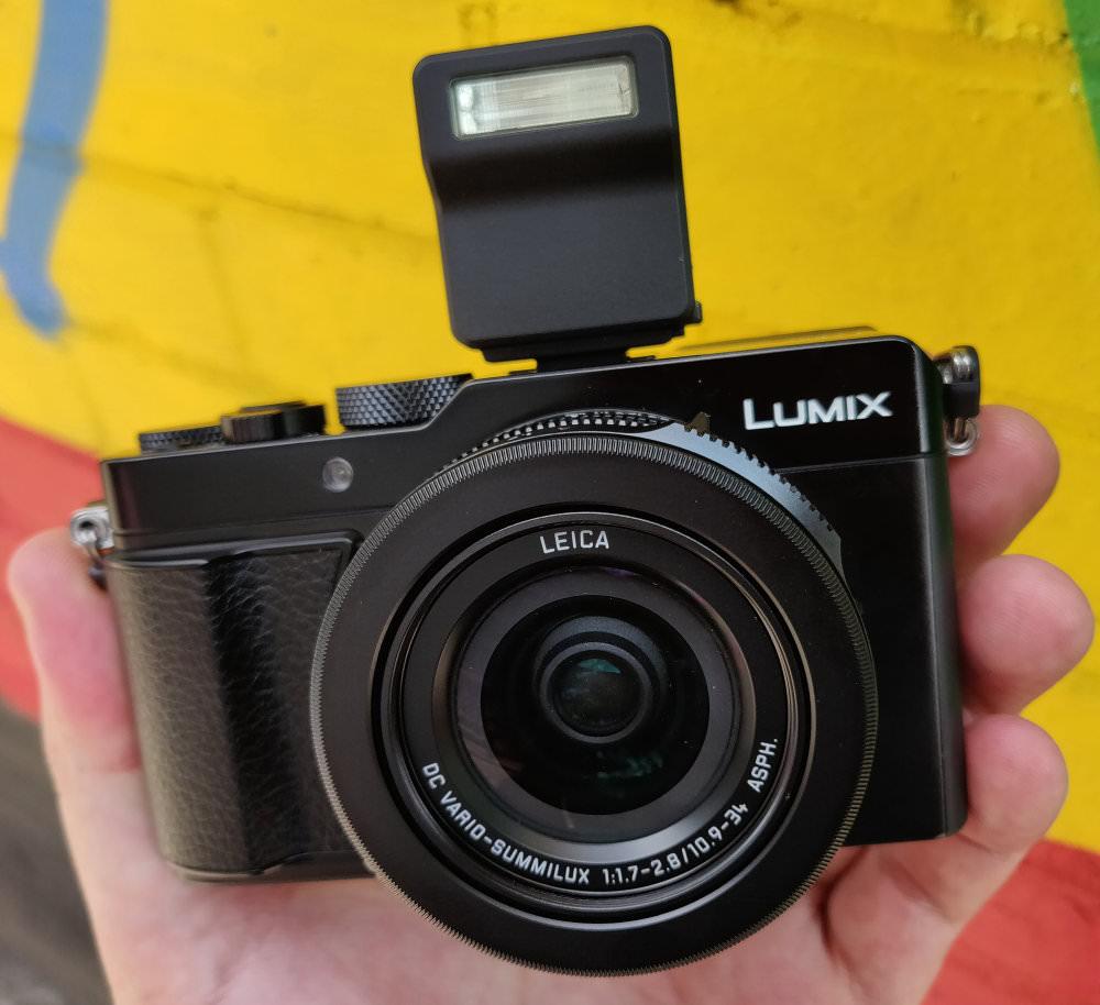 Panasonic Lumix LX100 II (2)