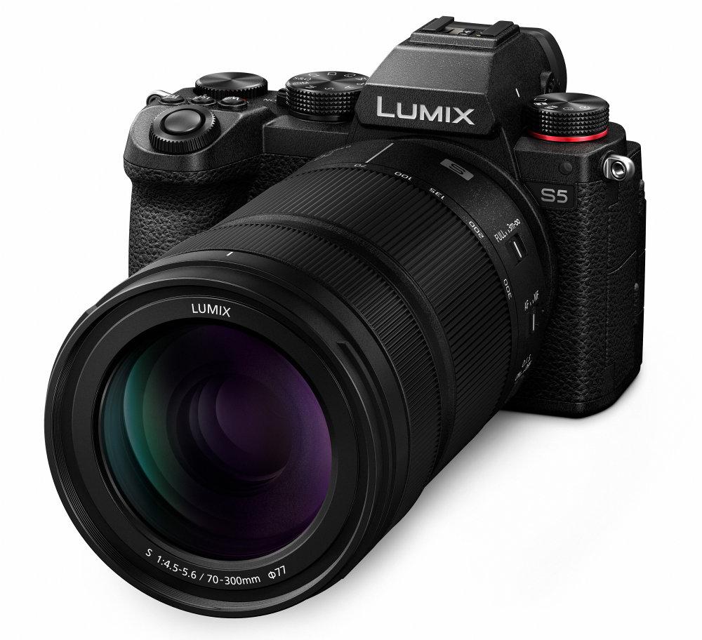 Panasonic LUMIX S5 S R70300 Slant K