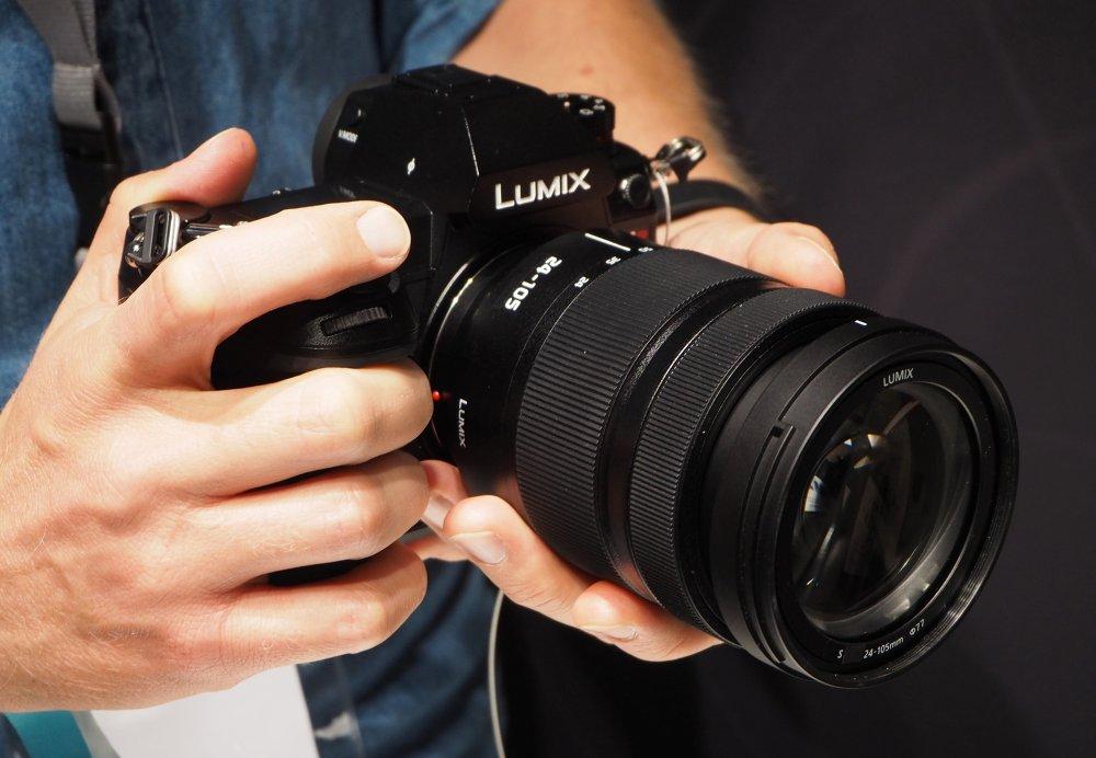 Panasonic Lumix S1R PP Hands On (13) (Custom)
