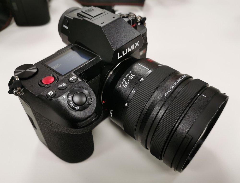 Panasonic Lumix S1H With 16 35mm F4 (4)
