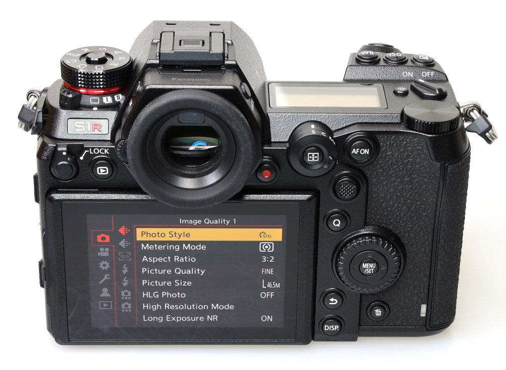 Panasonic Lumix S1R (18)