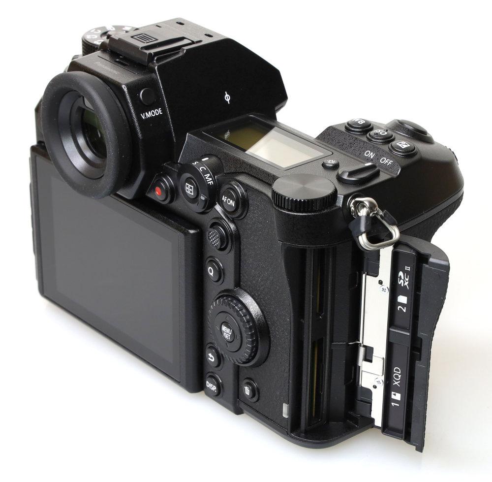 Panasonic Lumix S1R (8)