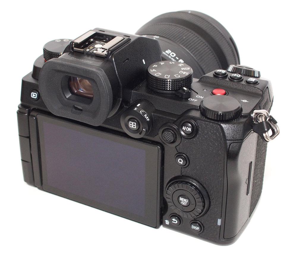 Panasonic Lumix S5 (11)